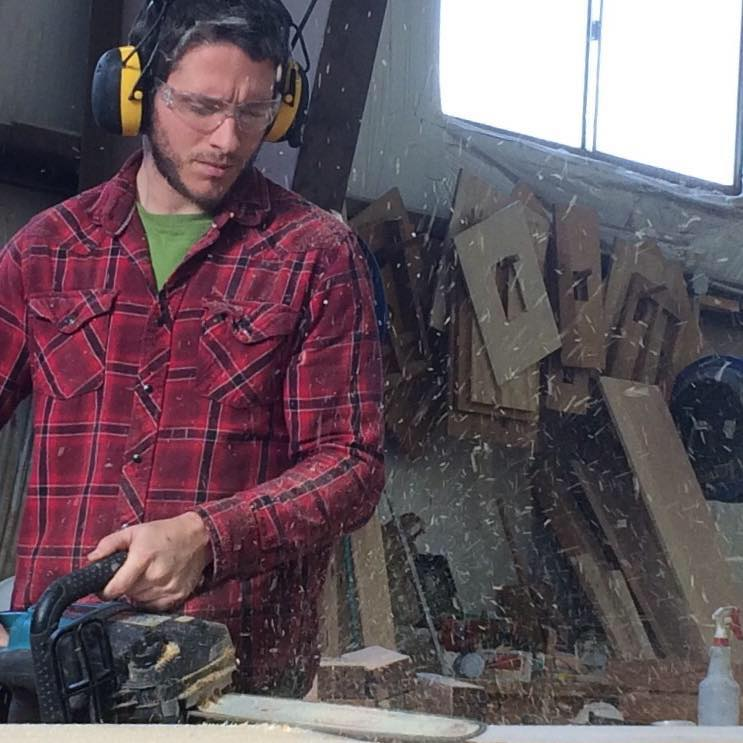 We think this photo of Pete applying a chain saw texture is pretty awesome.