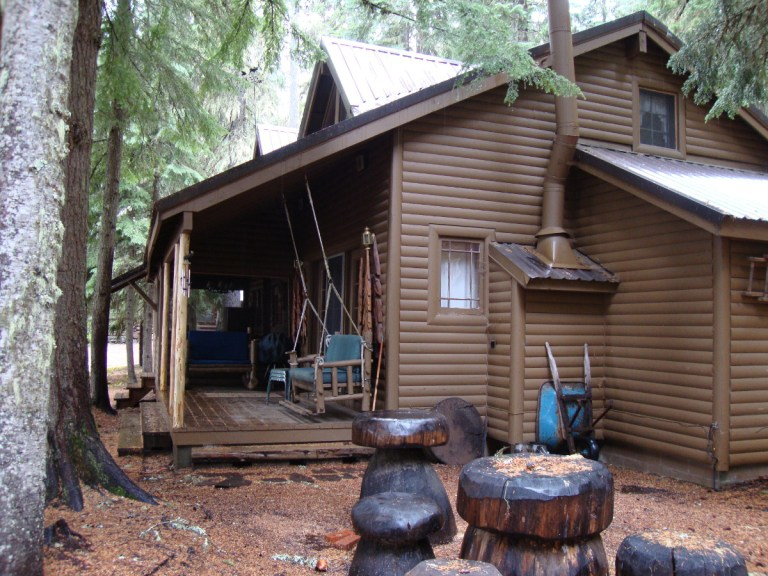The original cabin had too many major issues–including severe mold–to make it salvageable.