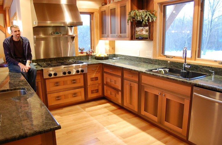 Kitchens are often the center, the heart of the home where folks eat, laugh, talk…live. Experience has taught us that custom cabinetry with quality, durable hardware makes these spaces all the more inviting.